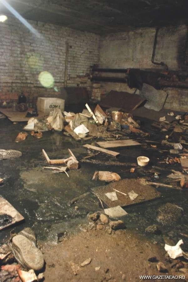 Дом невезения - Подвал в этом жилом доме больше похож на свалку