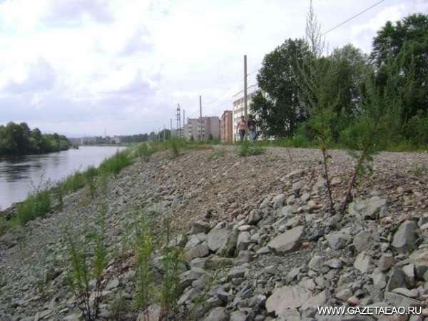 Препятствие вдоль реки
