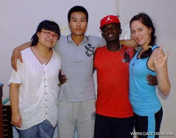 Моя китайская семья, - Гао Ян, Ву Тсин Шуан, Шон, автор статьи