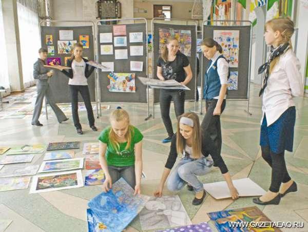 Обыкновенное чудо творчества - В изостудии готовятся к выставке