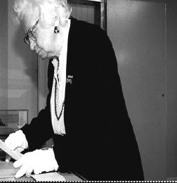 Мип Гис – символ сопротивления