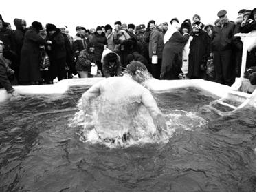 Глубока крещенская вода