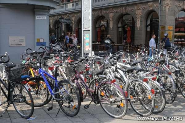 Два колеса – и куча проблем - Даже очень автомобильная Германия стала предпочитать велосипеды