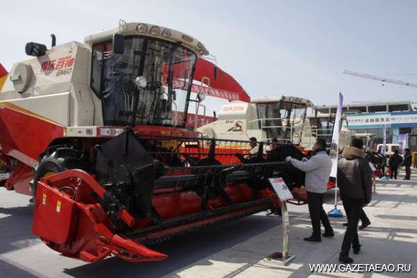 Время активной работы в АПК - На выставке сельхозтекники в Цзямусах