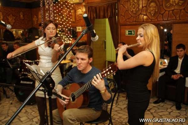 Магия звуков - Анна Болтыбаева, Андрей Марасанов и Олеся Цыбаева (слева направо)