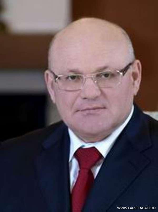 Губернатор ЕАО Александр Винников побывал на Сахалине