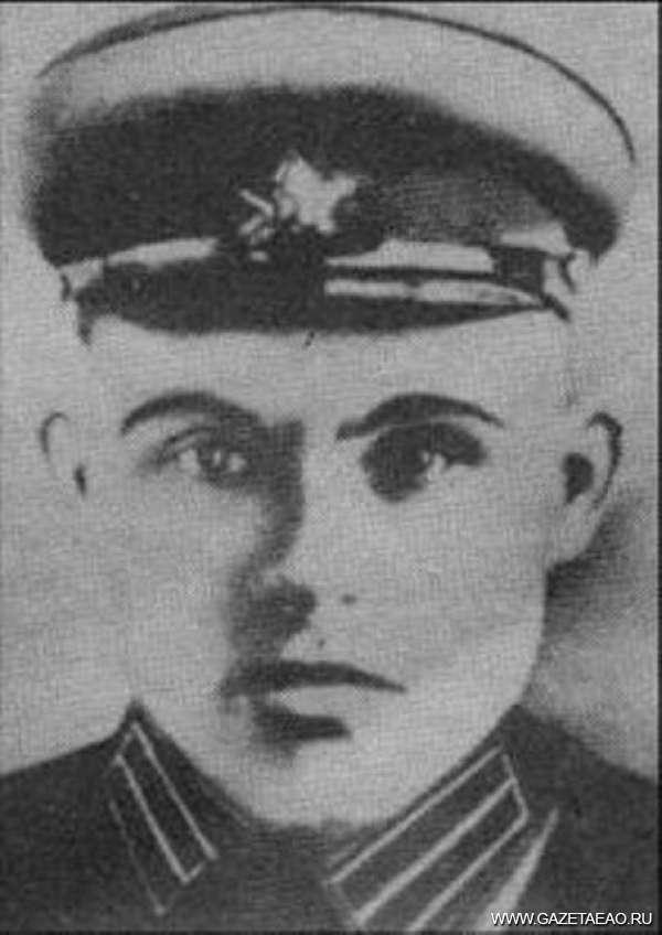 В списках не значатся - Герои Советского Союза Александр Попков  и Степан Устинов.