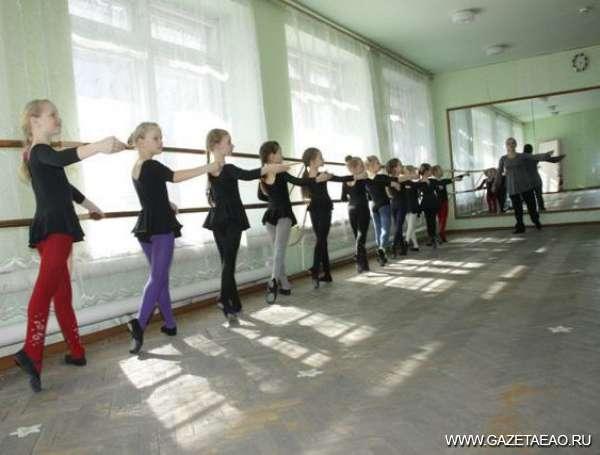 Свежий воздух творчества - Занятие отделения хореографии проводит Елена Андреева