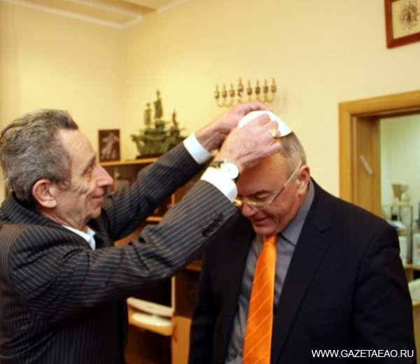 Юрий ШУБИН: «Здесь живут замечательные люди» -  Роман Ледер и Юрий Шубин