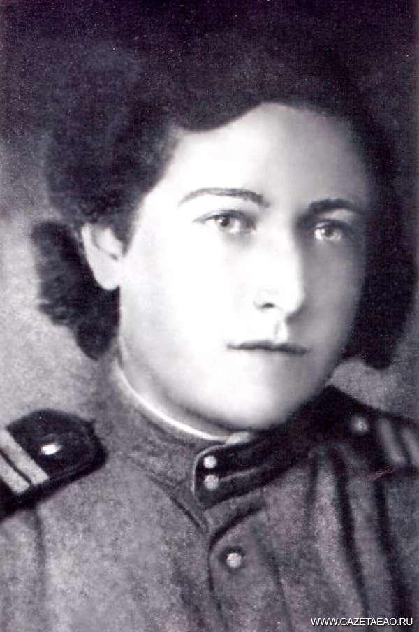 За Москву, за Родину! - снайпер Ольга Матушевская, 1944 г., Москва.