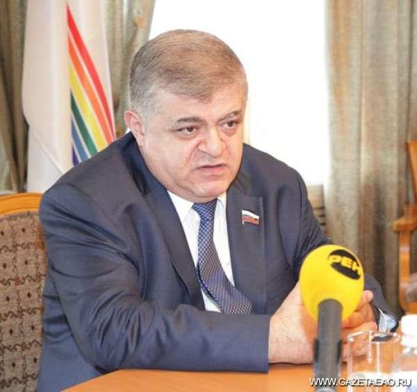 В. Джабаров: — Это очень позитивное решение – совершить визит в такое трудное время