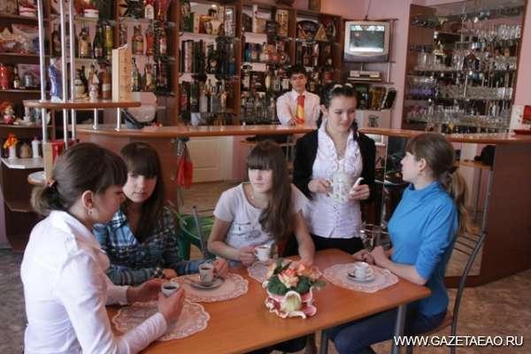 Праздник мастеров коктейлей - Полина Афанасьева в учебно-тренажерном зале