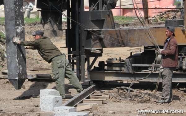 А. Тихомиров: Труд мигрантов нужно упорядочить