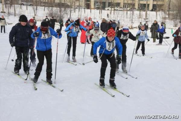 Встречаем год на лыжах