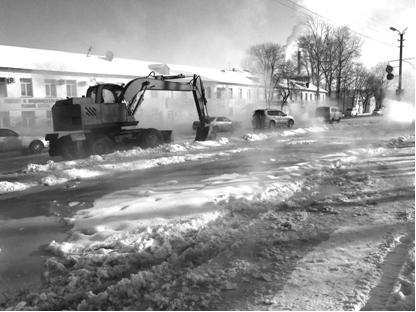 Дело было в трубе - улицу Пионерскую после аварии залило водой