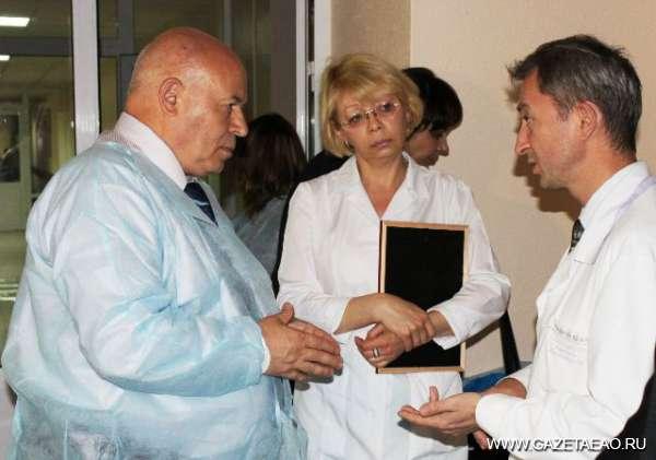 А.Тихомиров: «Врач не должен  «выпадать» из медицины»