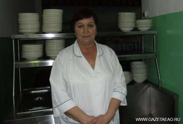 Самый главный повар - Ольга Козырева на рабочем месте