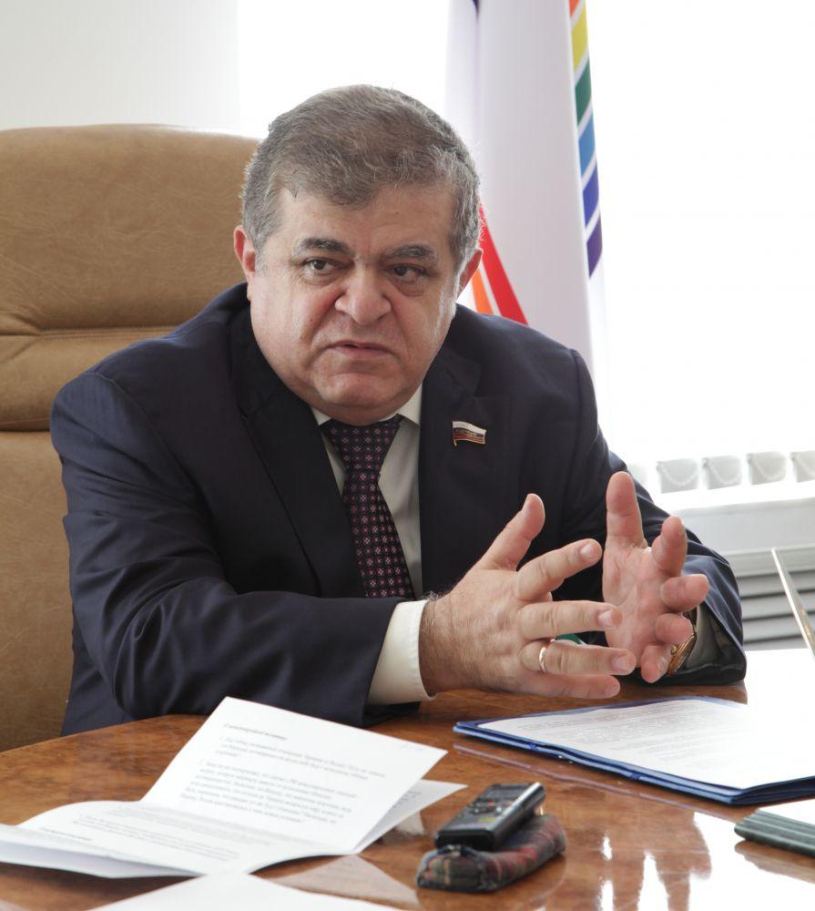 Сенатор В. Джабаров: «Надо притянуть сюда бизнес и перестать смотреть на ЕАО как на экзотику»