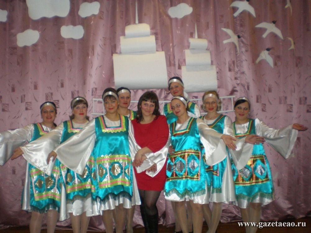 С родными напевами - Певуньи из села Пузино  со своим руководителем Екатериной Забарной