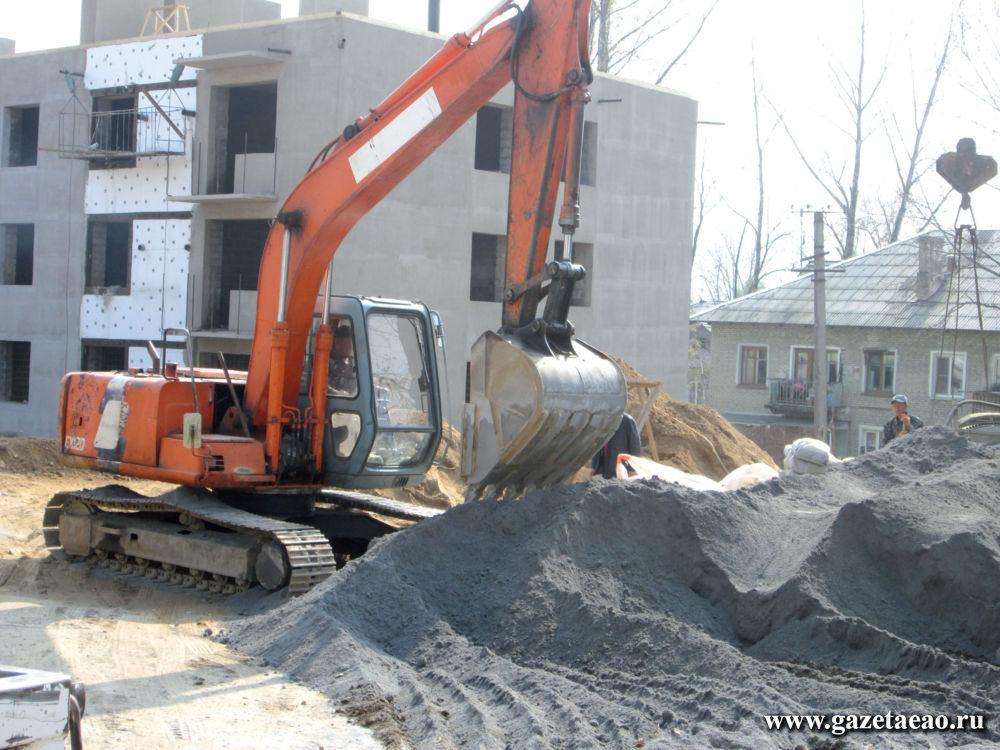 Новь Теплоозерска - На стройплощадке используют современную технику