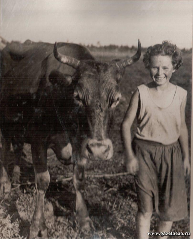 Биро-Биджан - Маня Бурунштейн - пионерка ИКОРа