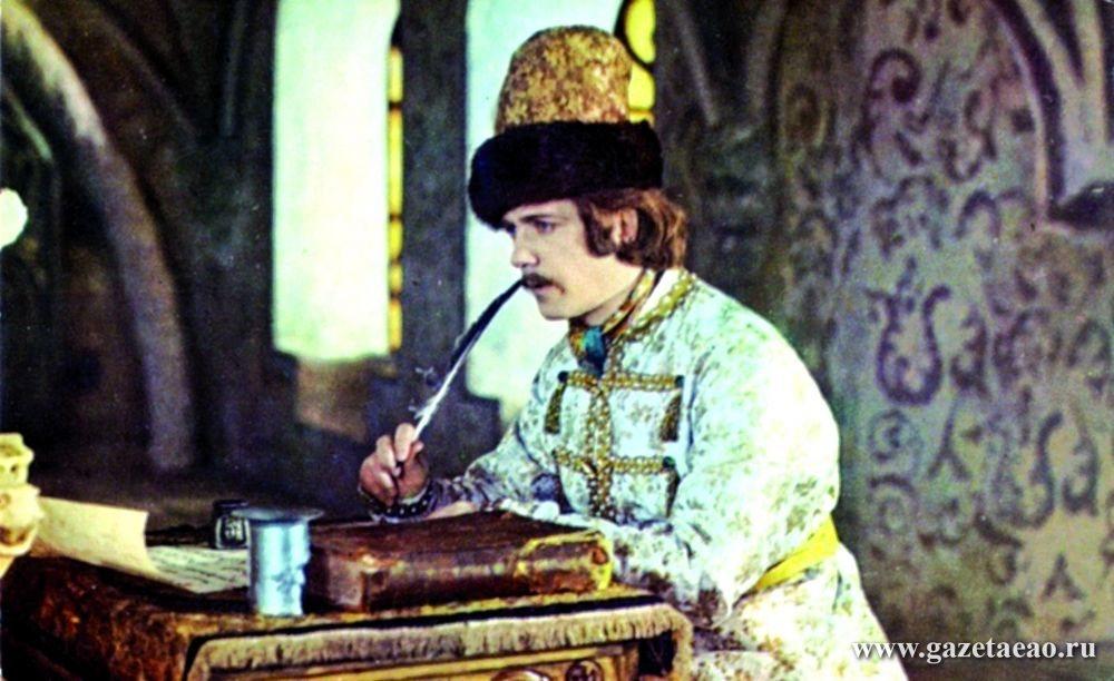Леонид КУРАВЛЕВ:  Люблю играть в комедиях