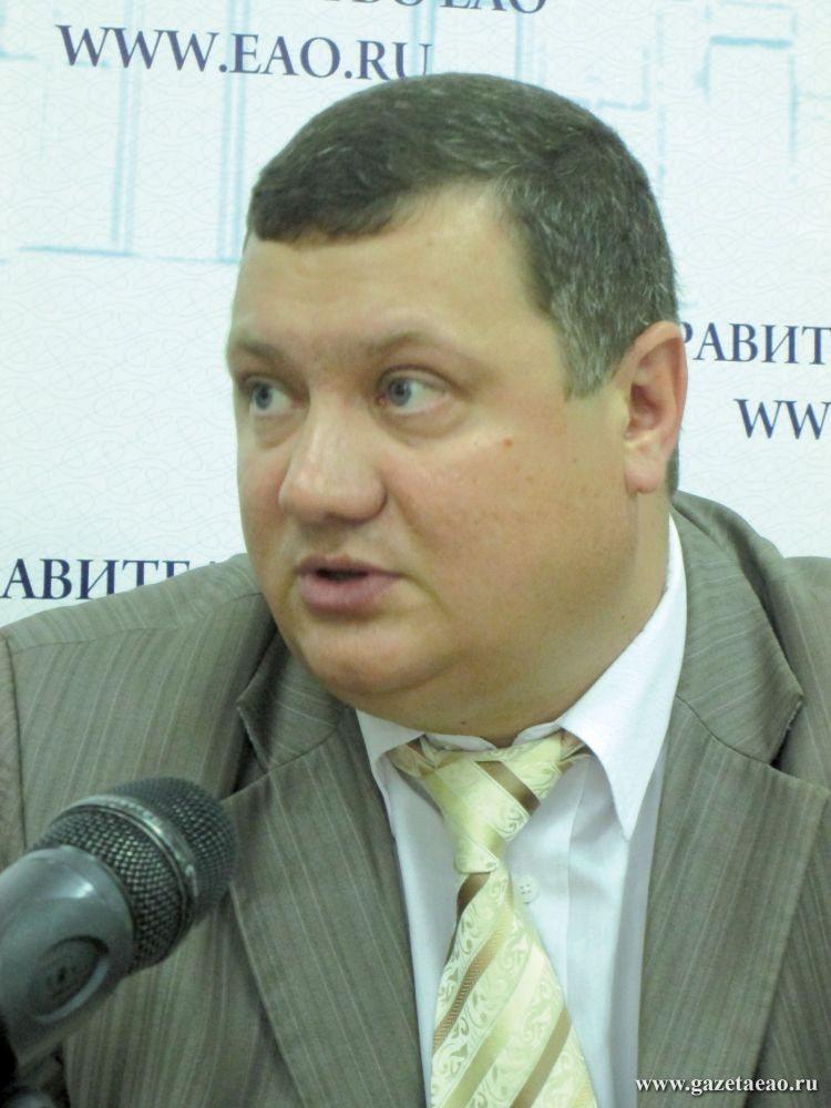 Трассы разные важны - Евгений Турбин,  начальник управления  автомобильных дорог  и транспорта  правительства ЕАО