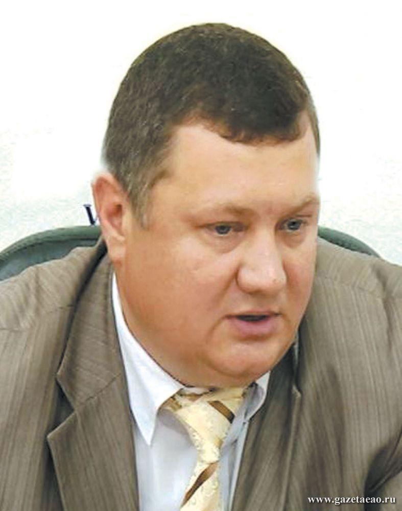 Трассы нужно обновлять - Евгений ТУРБИН,  начальник управления автомобильных дорог  и транспорта  правительства ЕАО,  ответил на вопросы  журналистов