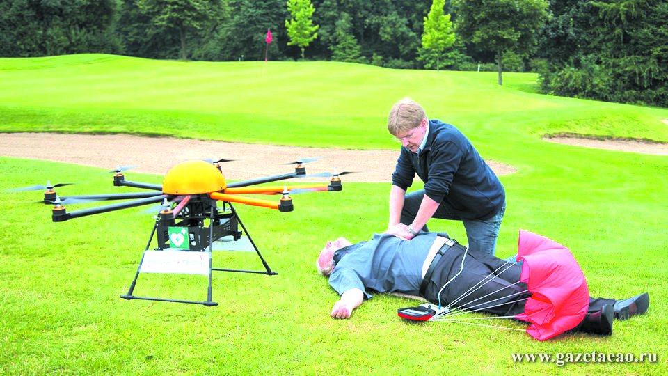 Полицейских вооружат дефибрилляторами - Летающий дрон для срочной доставки реанимационного оборудования, Германия.