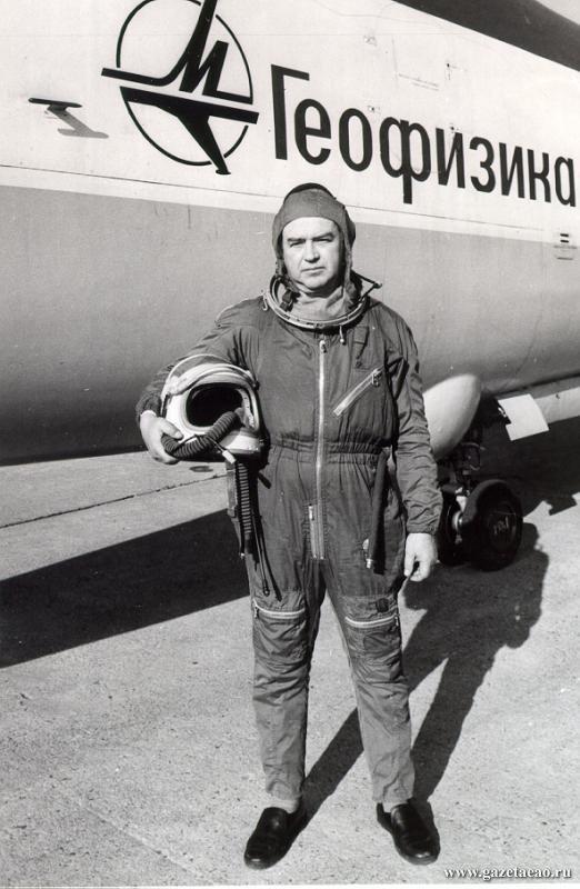 СЛОВО о крылатом земляке - На этом самолете Виктор Васенков совершил семь мировых рекордов