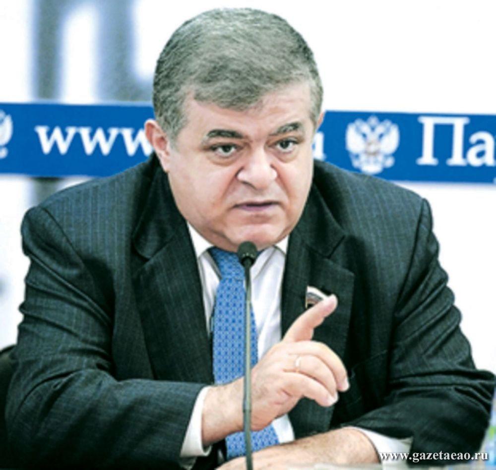 Сенатор от ЕАО  В. Джабаров награжден знаком «За вклад в развитие парламентаризма»