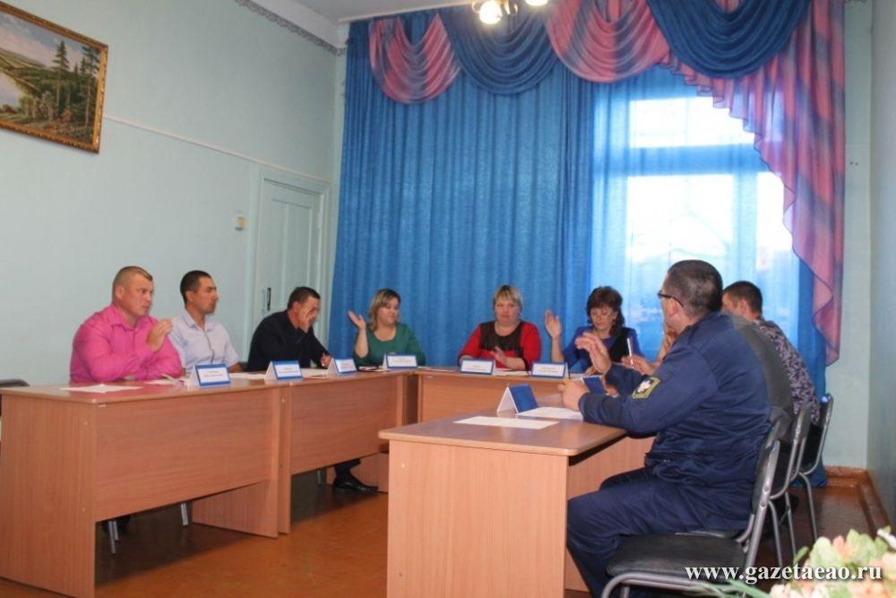 Бирские депутаты провели первое рабочее заседание