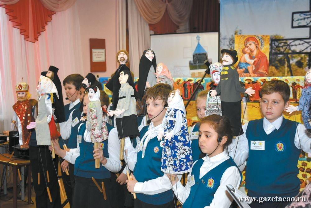 Дети, куклы и… вера