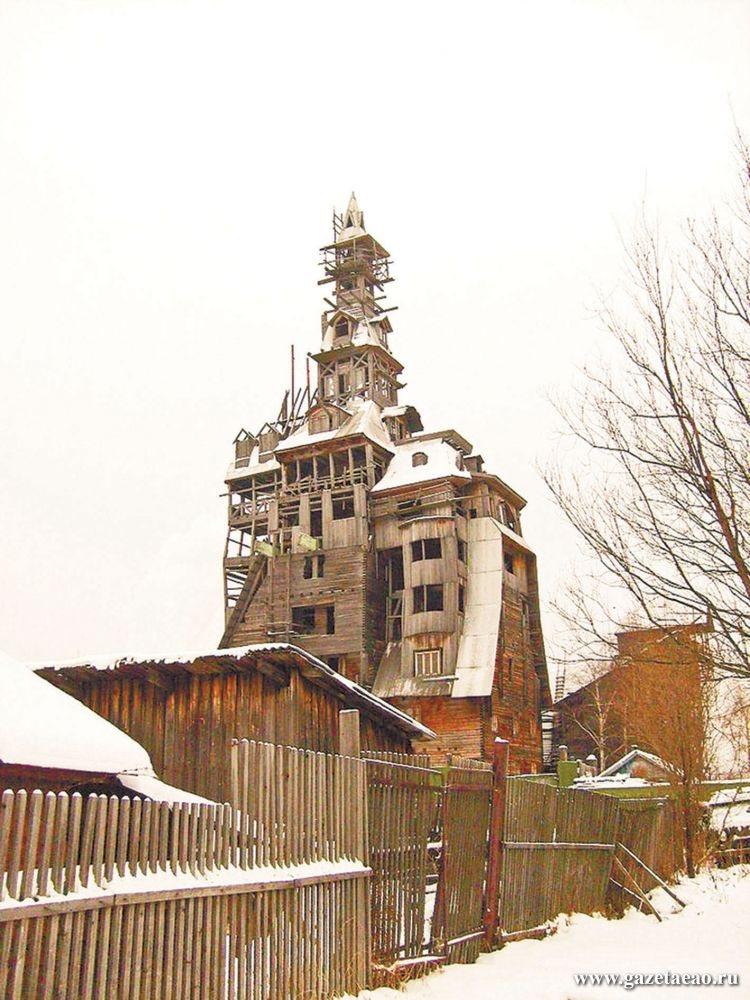 Частные дома выше 20 метров попадут под запрет - На фото из Википедии – «башня Сутягина», деревянный  «небоскреб»  в 13 этажей