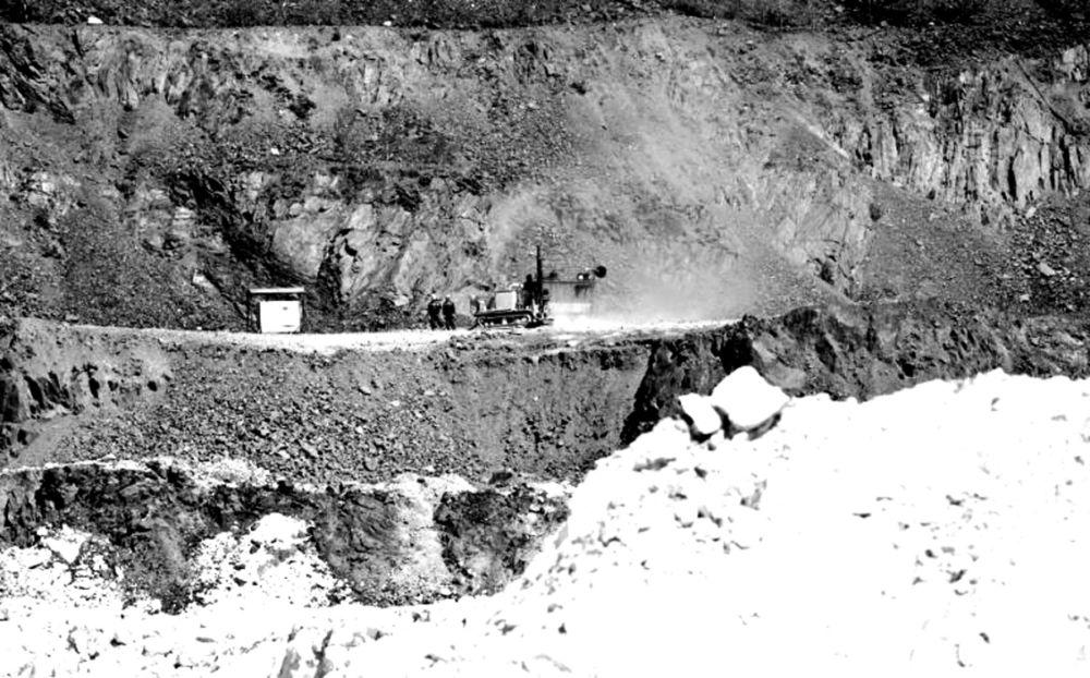 Время белого камня - Кульдурский бруситовый рудник, добыча руды.