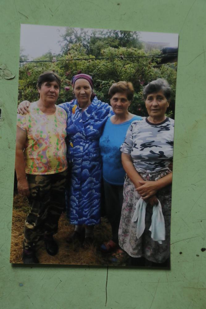 Село орденоносных женщин - Сестры Валентина, Любовь, Анна и Нина – из семьи Наумец