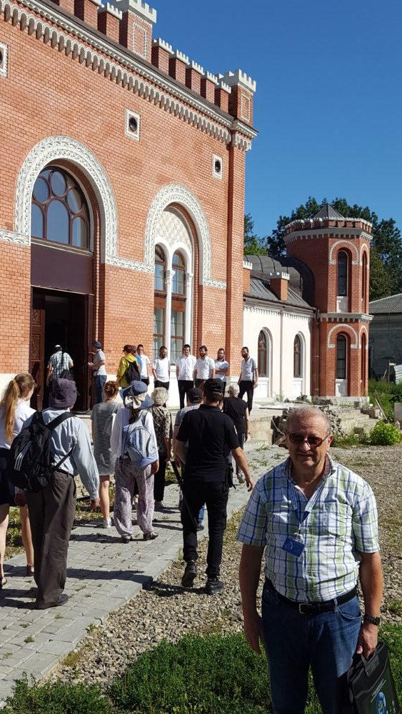 Истинно еврейский, истинно наш - Восстановленная синагога Ружинского ребе в Садигурах
