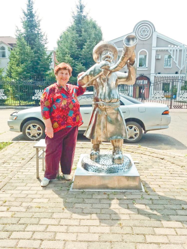 Елизавета МИХАЛЬЧЕНКО: Я всю свою судьбу выражаю в стихах