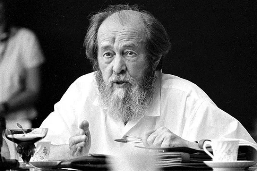 Век Александра Солженицына