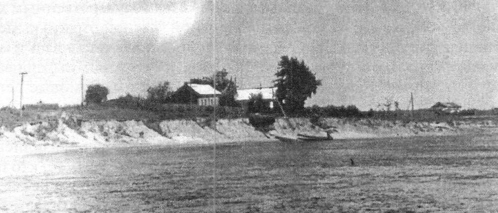 Честь фамилии  не посрамили - На этом высоком берегу Биры поселились первые жители села Пронькино, среди которых были Левковские