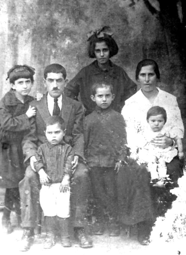 Мальчик Лэйбл  изгой Второй Мировой - 1924 г.  Фото из семейного архива Л. Фикса