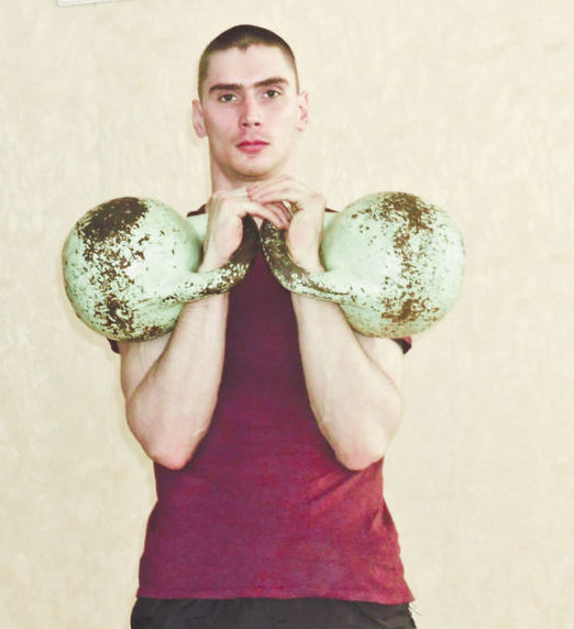 Гиря — для настоящих мужчин - Константин Леонтьев, один из победителей турнира.