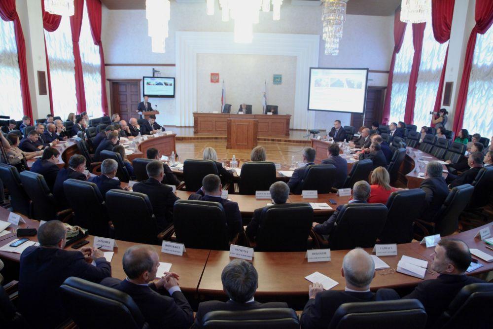 В школах ЕАО проходят  уроки парламентаризма