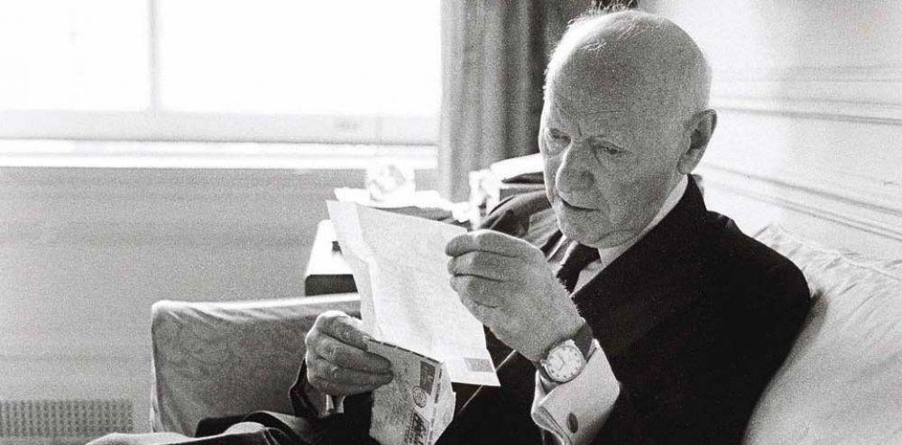 Американский еврейский прозаик Исаак  Башевис-Зингер (1904 – 1991)