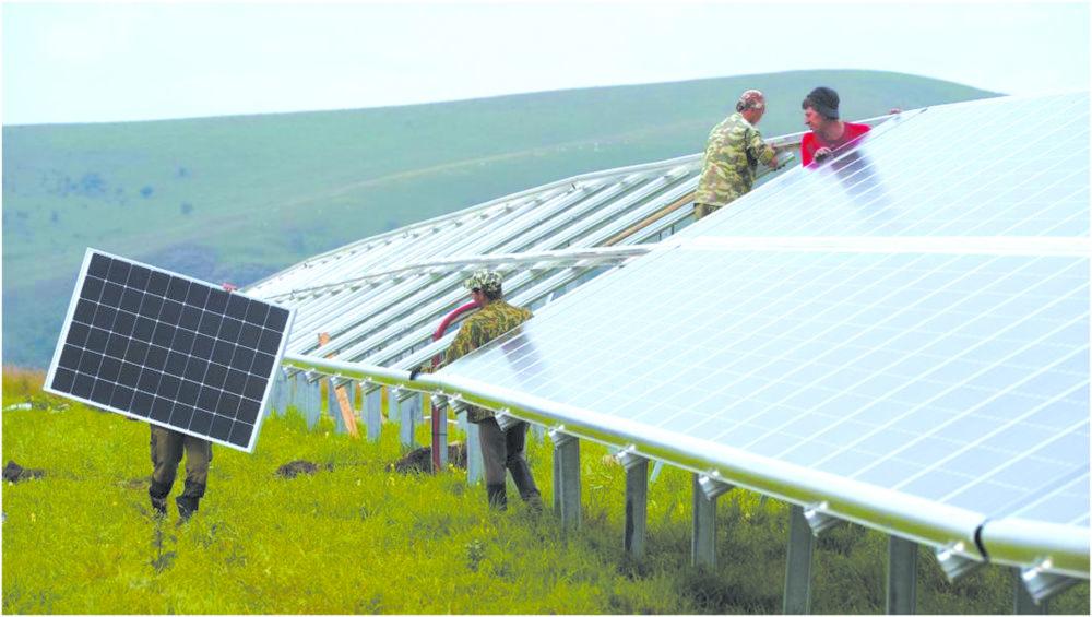 Деньги на ветер - Наземная солнечная электростанция.