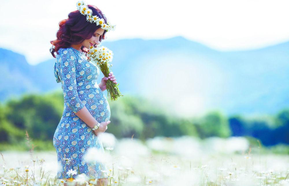 Летнее наслаждение вдвоём - Нет Никого Красивее  Беременной Женщины. В Глазах – Счастье. В Сердце – Чистая Любовь. На Щеках – Здоровый Румянец. А Внутри – Маленькая Жизнь.