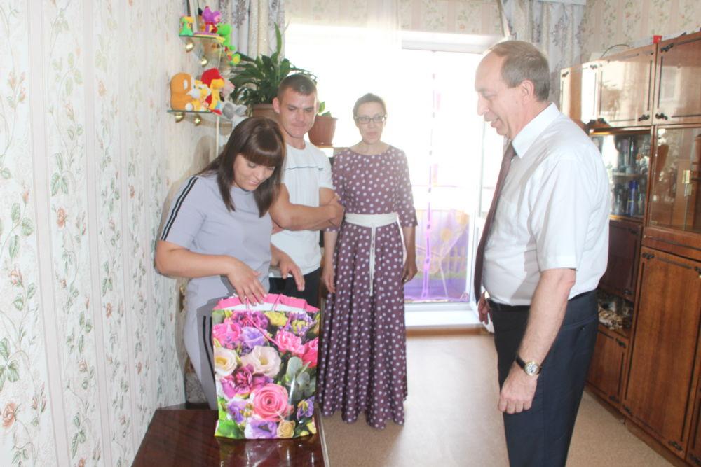 Дети – сироты на территории ЕАО получают квартиры