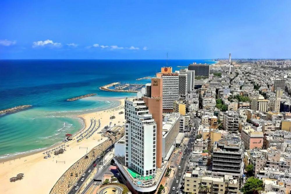 Еврейский город на побережье